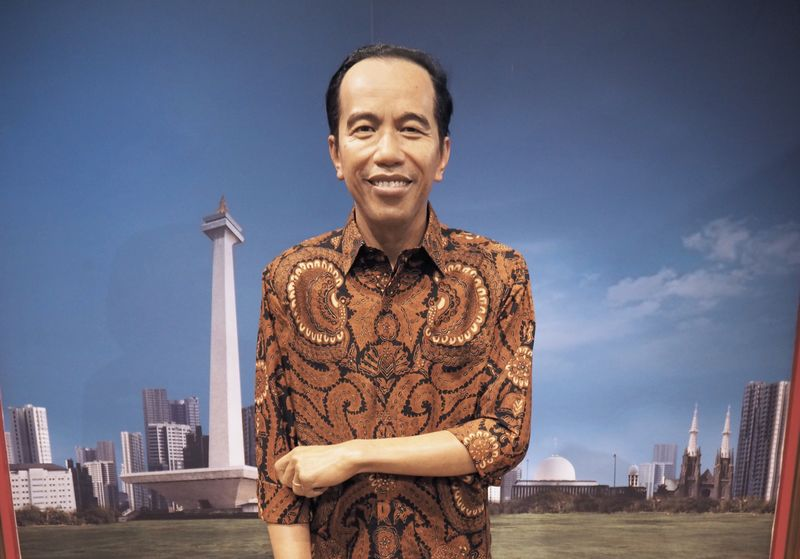 Pertama kali dikenalkan pada 1 Mei 2017 lalu, patung lilin Presiden Jokowi menggenakan baju putih yang jadi ciri khasnya. Di tanggal 17 Agustus kemarin, patung lilinnya berganti menggenakan batik (dok Madame Tussauds Hong Kong)
