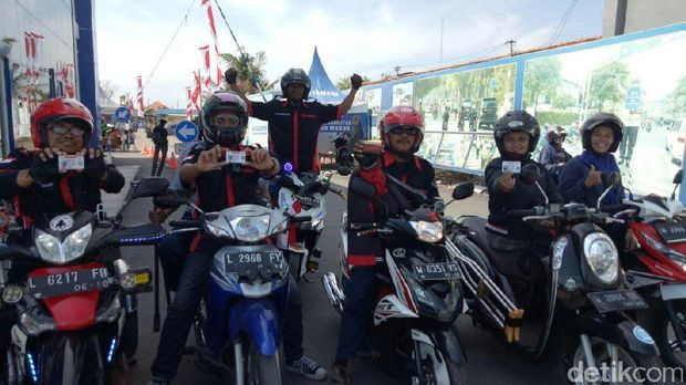Hore Penyandang Disabilitas Di Surabaya Dapat Sim D