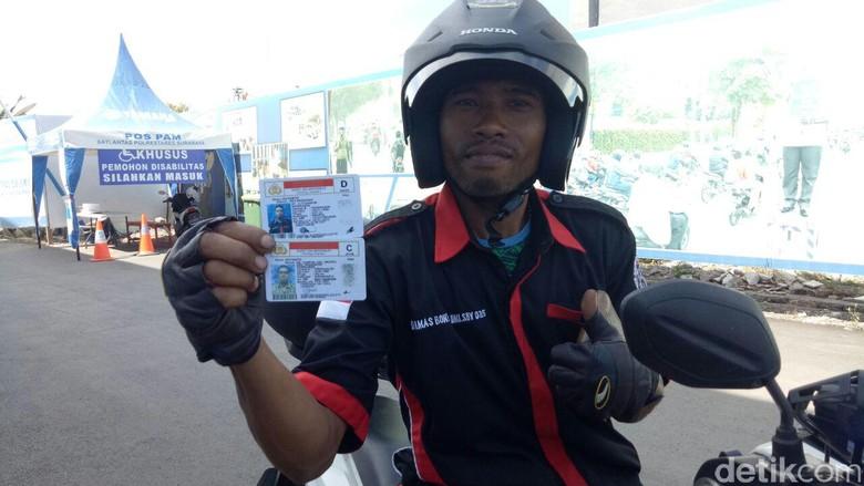 Puluhan difabel dapat SIM D. Foto: Gracella Sovia Mingkid