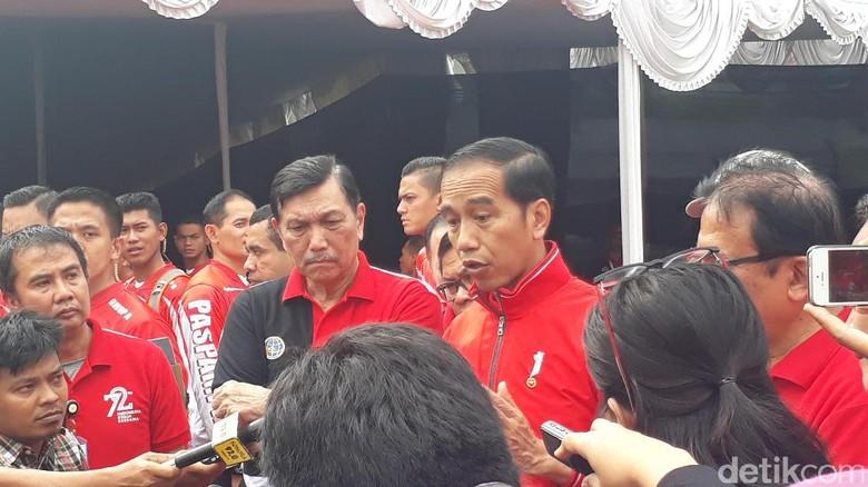 Bendera RI Terbalik di Malaysia, Jokowi: Tak Usah Dibesar-besarkan