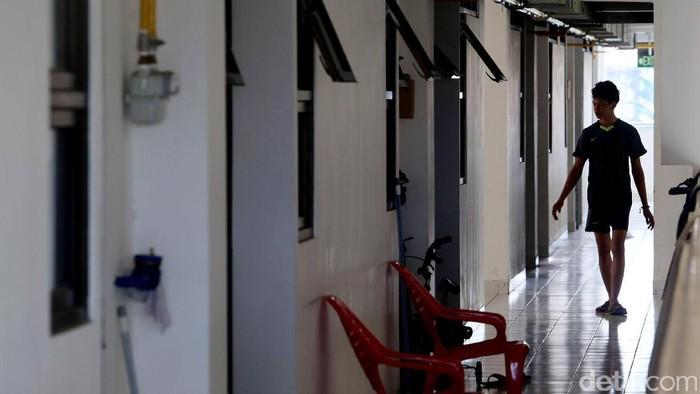 Pemprov DKI Jakarta mengungkapkan tunggakan sewa rumah susun mencapai Rp 32 miliar. Di Rusun Rawa Bebek bahkan tunggakannya mencapai lebih dari Rp 1 miliar.