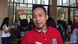 7 Perjalanan Karier Denny Cagur, dari Penjual Combro hingga MC Sukses