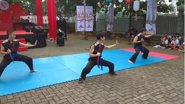 Penampilan Wushu di Jakarta Kung Fu Run 2017