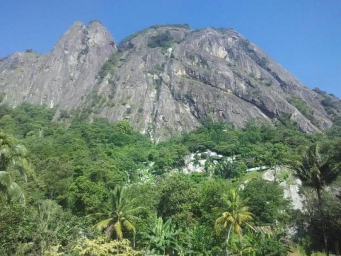Gunung Parang Purwakarta (Ridwan Arifin Mojjins/dTraveler)