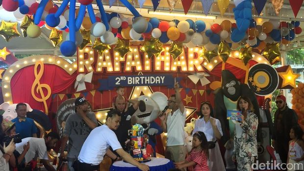 Caisar Gugat Cerai Indadari, Perayaan Ulang Tahun Rafathar