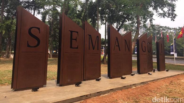 Foto: Nama Jokowi, Rini Sampai Ahok di Prasasti Semanggi
