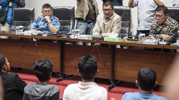 MK Tolak Keluarkan Putusan Sela Uji Materi Hak Angket