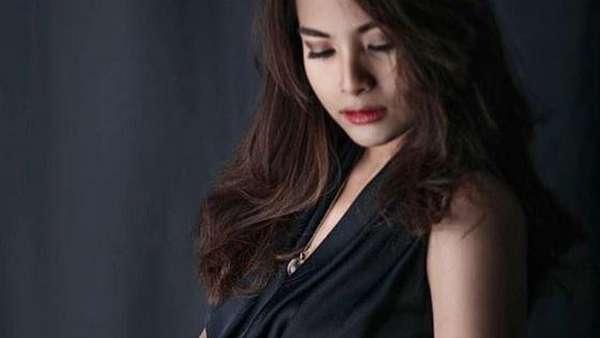 Selamat! Gaya Si Cantik Titi Kamal dan Acha Septriasa Kala Hamil