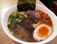 Fuku Ramen: Sedapnya Ramen Spesial Bertopping <i>Beef Chashu</i> dengan Kuah Kaldu Ayam