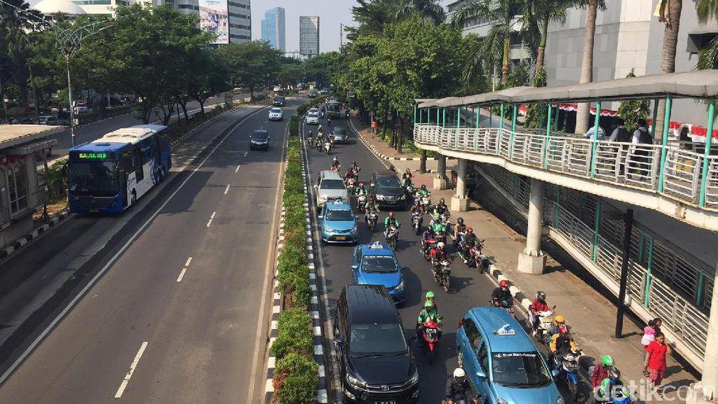 Soal Larang Pemotor Melintas, Jalan Sudirman Lebih Siap