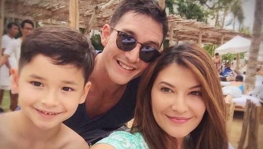 Mike Lewis dan Tamara Bleszynski Mesra di Bali, Balikan?