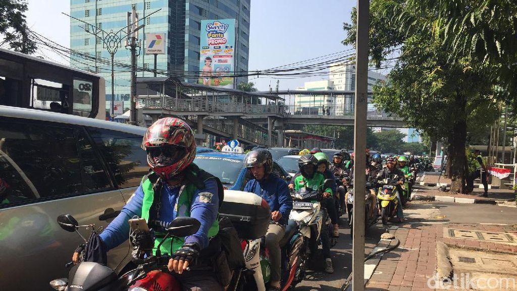 11 Oktober, Motor Dilarang Lewat Rasuna Said dan Sudirman