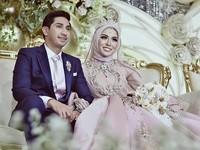 1. Pernikahan Medina Zein dan Lukman Azhari