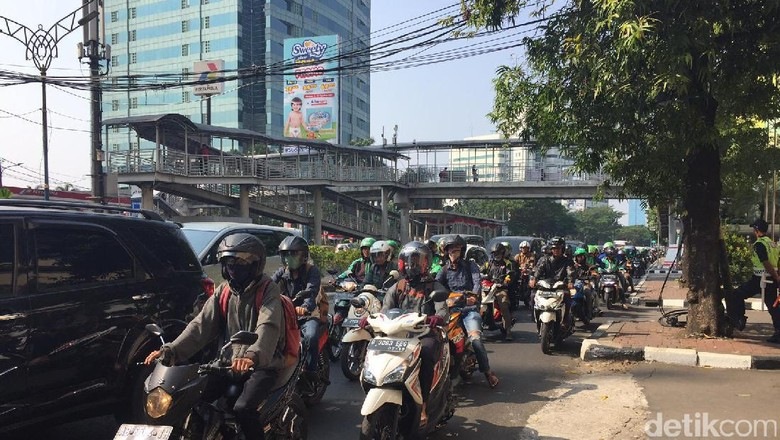 Motor di Jalan Rasuna Said (Foto: Heldania Ultri Lubis/detikcom)