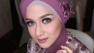 Nina Zatulini Udah Cantik, Bisa Masak Pula!