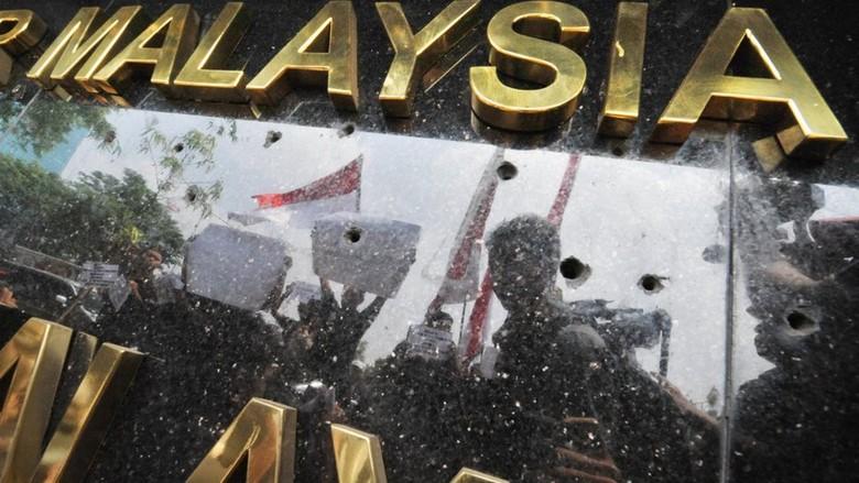 Bendera Terbalik, Ini Deretan Perseteruan RI dengan Malaysia