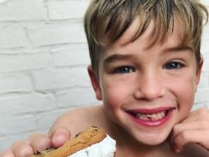 Foto: Lucu Banget! Ekspresi Anak-anak yang Giginya Baru Copot