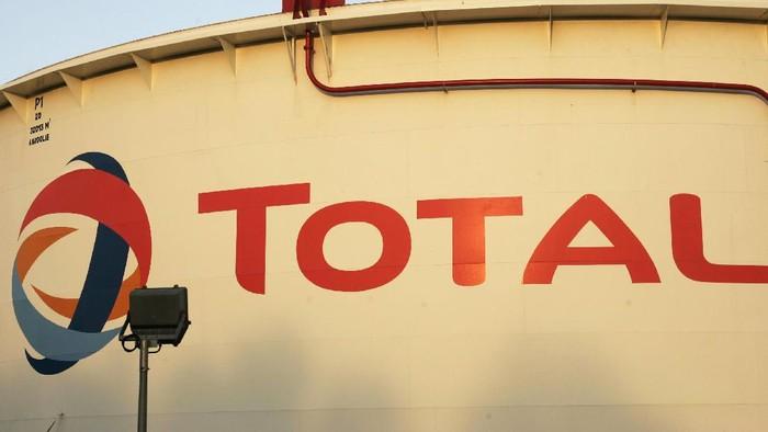 Perusahaan minyak dan gas (migas) asal Prancis, Total, membeli bisnis migas milik Maersk, yaitu Maersk Oil, dengan harga US$ 7,45 miliar atau sekitar Rp 99 triliun.