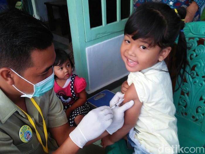 IDI berharap seluruh pihak yang terkait imunisasi MR bisa membicarakan soal vaksin ini. Foto: Erliana Riady