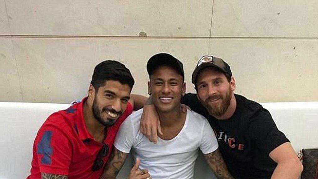 Reuni MSN di Apartemen Neymar