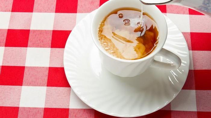 Sehatkah teh susu bagi kesehatan? Foto: iStock