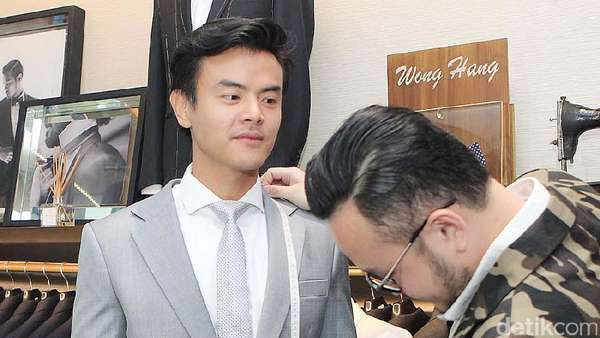 Sebentar Lagi Menikah, Dion Wiyoko Bikin Netizen Patah Hati