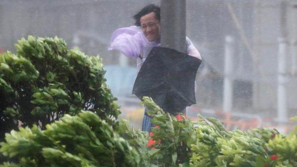 Kengerian Amukan Topan Ewiniar di Tiongkok, 5 Orang Tewas