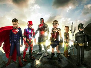 Ada Cerita Spesial di Balik Foto Superhero Cilik Ini