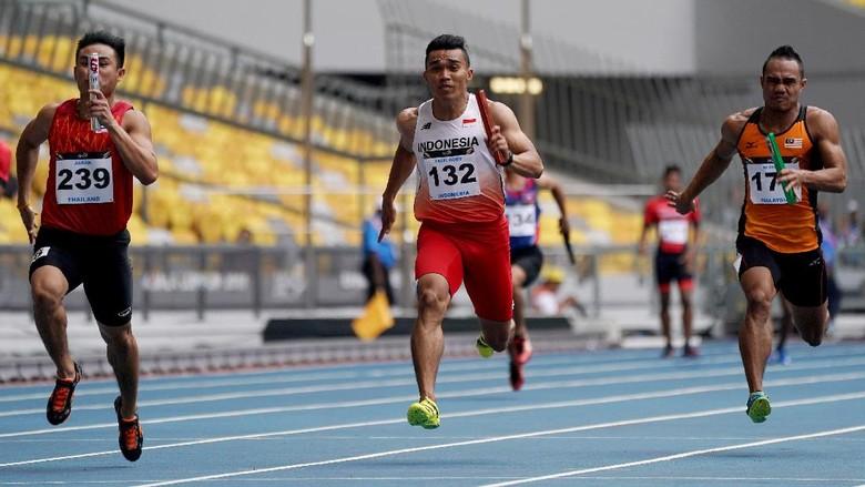 Tim Lari Estafet 4x100 Putra Raih Perak dan Pecah Rekornas di Bukit Jalil