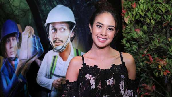 Senyum Manis Aurelie Moeremans Nantikan Kebebasan Ello