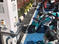 Singapura Bakal Bikin 500 SPBU Listrik di RI 2020
