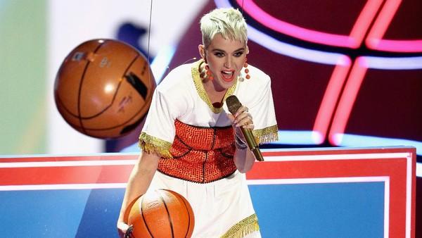 Yuk, Hafalin Lagu Ini Sebelum Nonton Konser Katy Perry