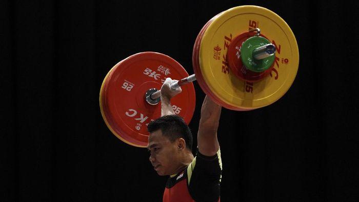Lifter Indonesia Eko Yuli Irawan di nomor 62 kg saat bertanding di SEA Games XXIX lalu (Foto: Wahyu Putro A/Antara Foto)