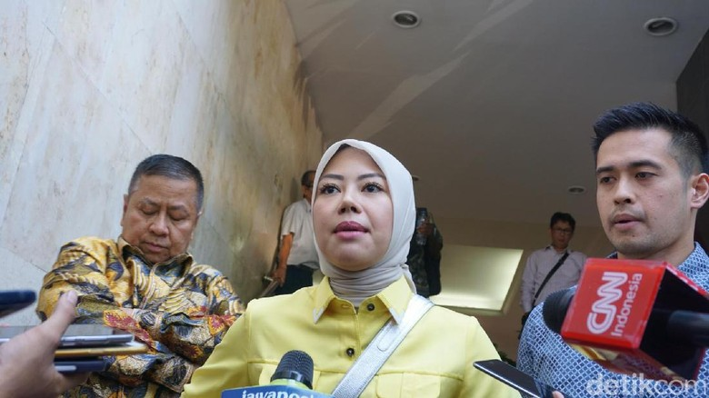 Fitri yang Dikeroyok di Jalan Sudirman Mengaku Ditarik Jilbabnya
