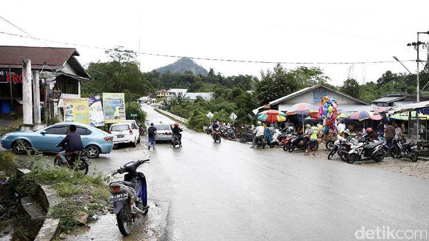 Pasar Entikong, Sanggau, Kalimantan Barat (Rachman Haryanto/detikcom)