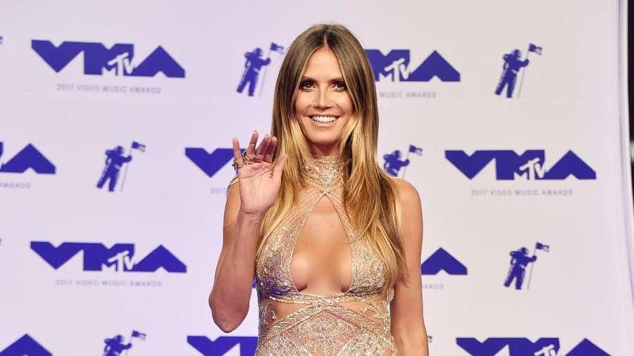 Para Wanita Seksi di MTV VMA 2017