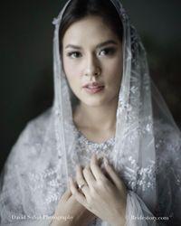 4 Momen Cantik Raisa Berkebaya, dari Lamaran sampai Ngeuyeuk Seureuh