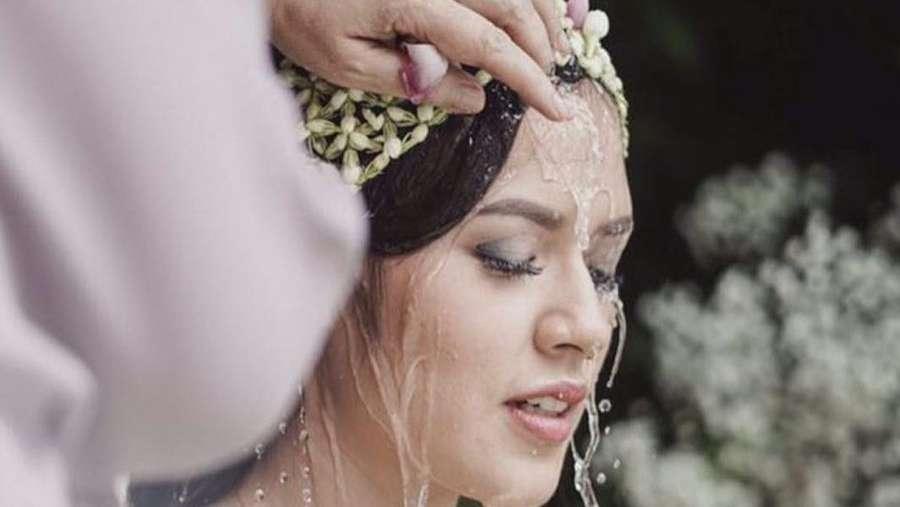 Putri Mulan Jameela Makin Cantik, Raisa Gelar Pengajian Jelang Nikah