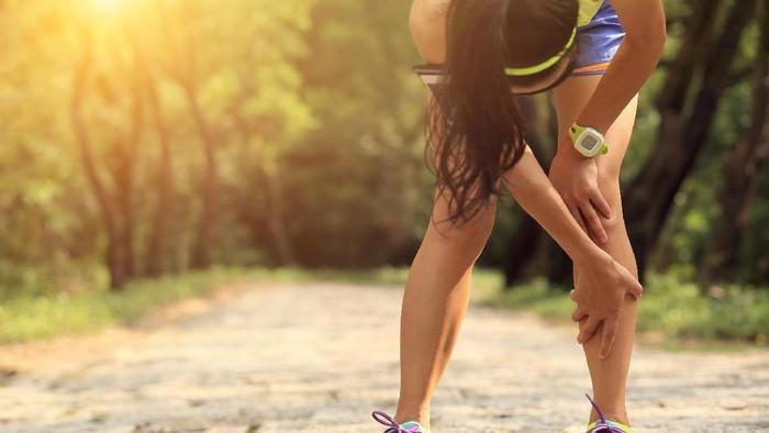 Nyeri lutut berhubungan dengan radang sendi (Foto: thinkstock)