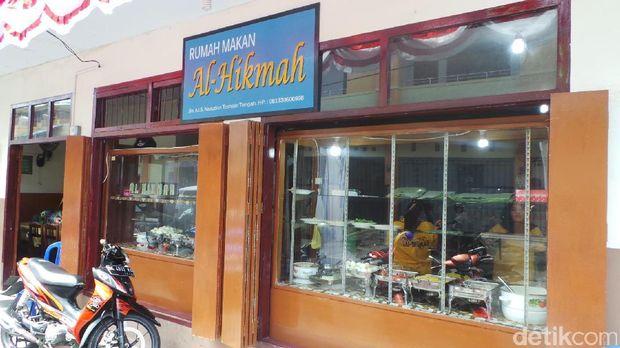 Rumah makan Al Hikmah yang terkenal di Ternate (Wahyu/detikTravel)