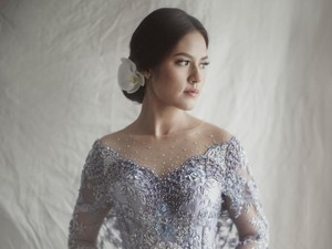 4 Momen Cantik Raisa Pakai Kebaya, dari Lamaran sampai Ngeuyeuk Seureuh