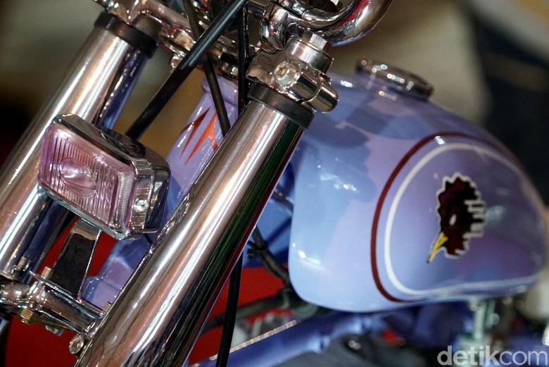 Ilustrasi lapisan krom pada motor. Foto: Suryanation Motorland