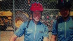Phil Southerland divonis hanya hidup sampai usia 25 tahun karena mengidap diabetes tipe 1. Tak disangka, Phil bisa mengontrol penyakitnya dengan bersepeda.