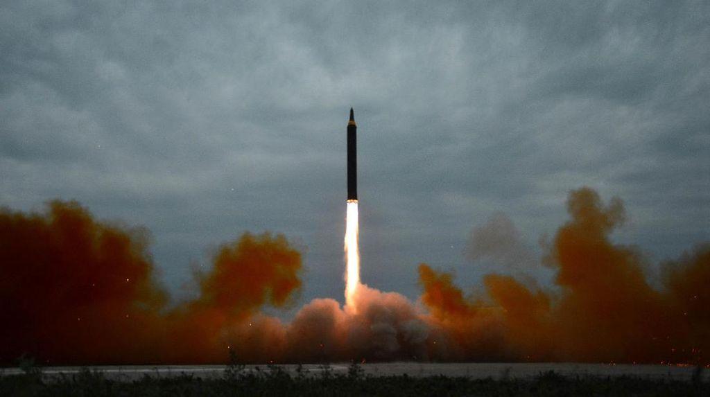 Korut Tembakkan 2 Rudal Jarak Pendek, Peluncuran Kedua dalam Sepekan