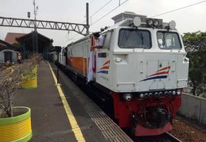 Jalur Kereta Api Indonesia Nomor 3 Terbaik Di ASEAN