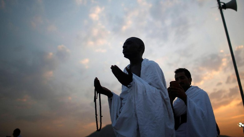 Jemaah Sakit Sejak di Madinah, Bagaimana Wukuf Arafahnya?
