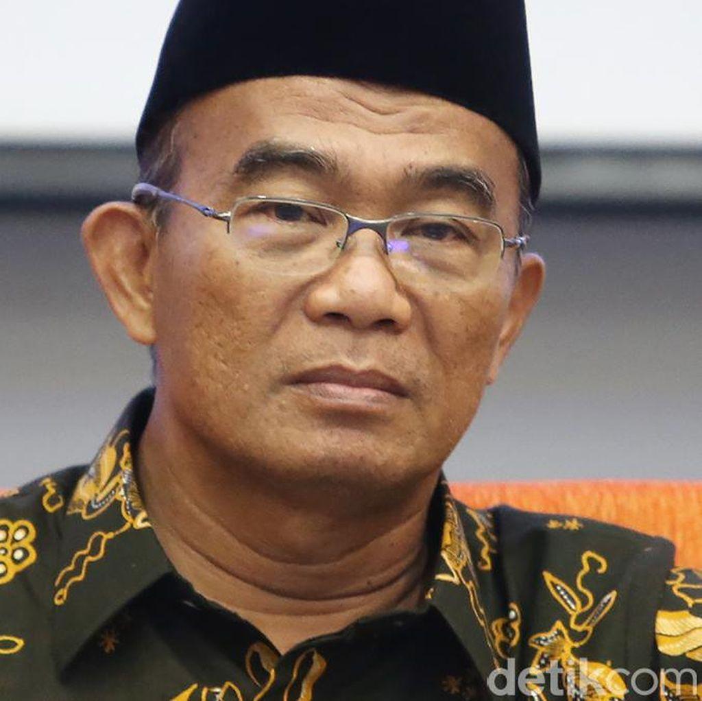 Mendikbud: Indonesia Raya Lirik dan Aransemennya Tak Boleh Diubah