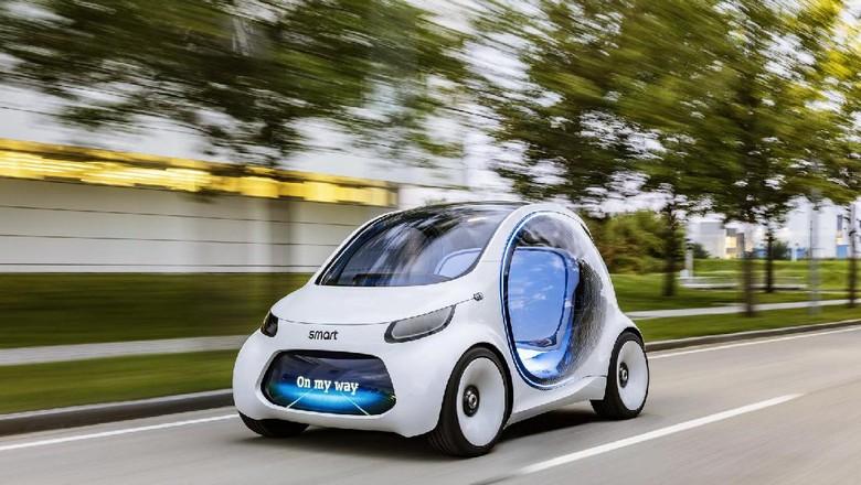 Mobil listrik berteknologi otonom dari Smart