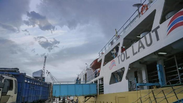 Kapal Ternak Tol Laut