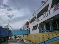 Menyambung Indonesia, Jokowi Bangun Tol Laut